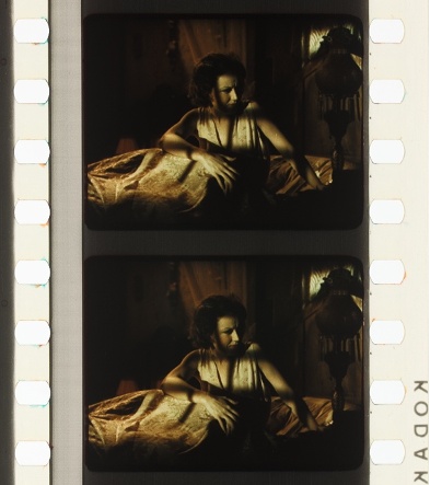 Figure 21: Cookie lighting. DOCTOR X (Michael Curtiz, USA 1932). Credit: UCLA Film & Television Archive. Photographs of the Technicolor No. III dye-tranfer nitrate print by Barbara Flueckiger.
